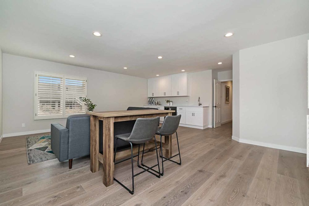 Long-Beach-Real-Estate-Surrey-Drive-6