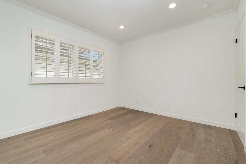 Long-Beach-Real-Estate-Surrey-Drive-9